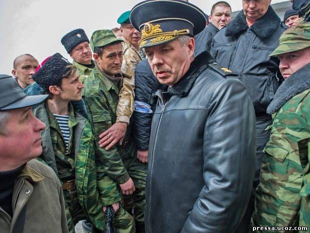 Штурм украинской военной базы в Крыму